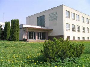 Lázně Bělohrad - budova